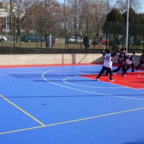 Младежи от БСП- Перник с инициатива за изграждане на спортна площадка