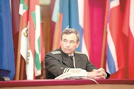 Генералски пуч изхвърли шефа на армията