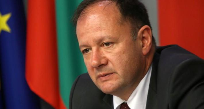 Михаил Миков: Българинът усеща, че не може да разчита на здравната система