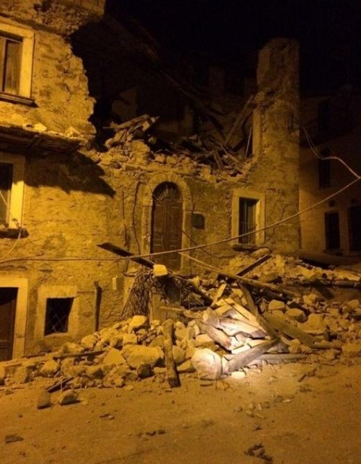 Родопчанка в епицентъра на труса в Италия: Беше страшно, успях да извадя старица, обляна в кръв! (ВИДЕО)