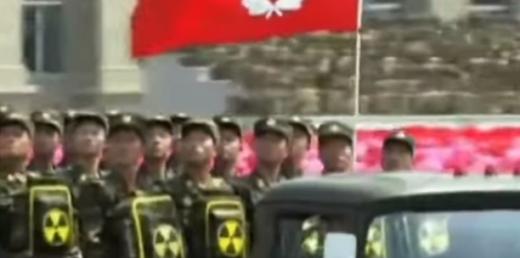 Светът изтръпна! Елитна армия се въоръжи с радиоактивни раници (ВИДЕО)