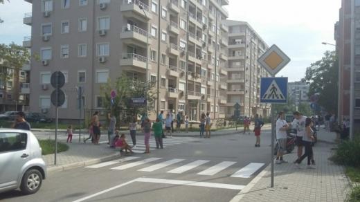 Македония в паника след земетресението (СНИМКИ/ВИДЕО)