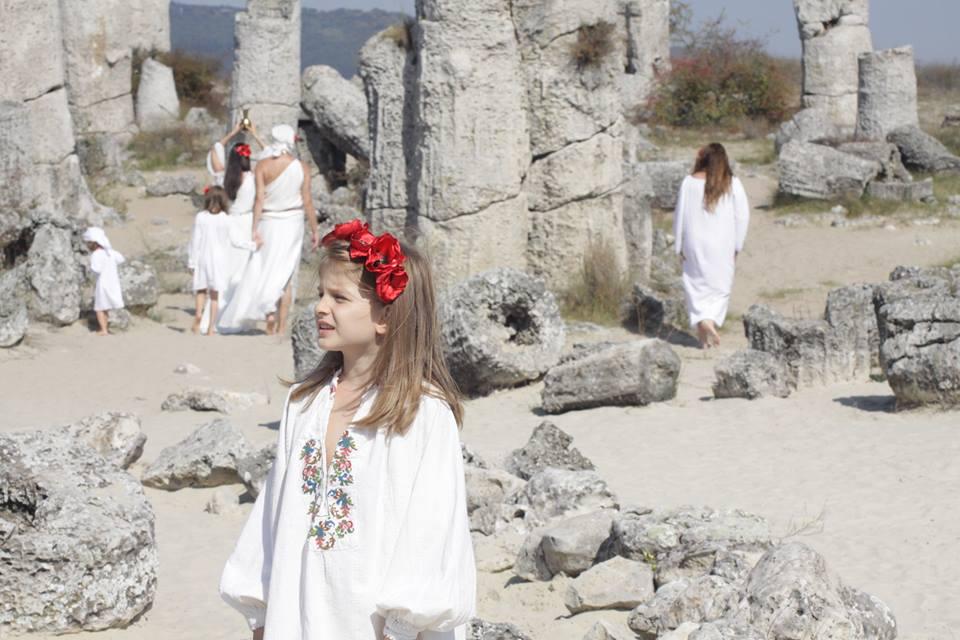 7-годишна ученичка от Варна разплака хиляди българи по света