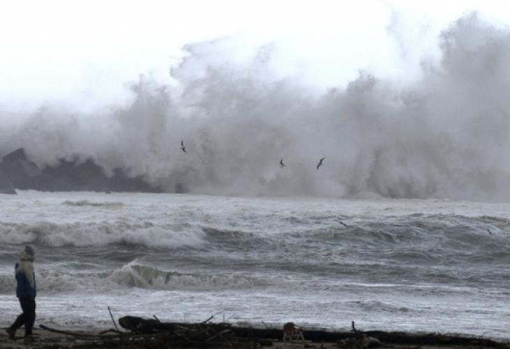 Експерти: Европа я очакват суши, наводнения и бури