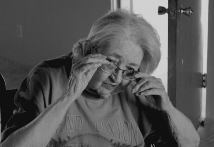 Нечовешка история! Изхвърлената от четирите си деца баба Васила е в ужасяващо състояние