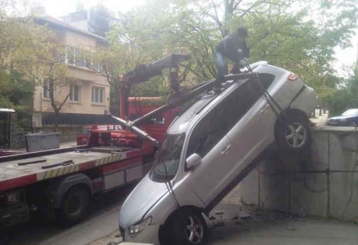 Лъсна истината за нелепия инцидент в София, който побърка социалните мрежи