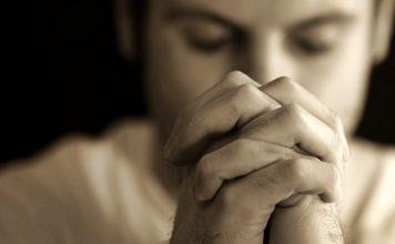 Прочетете я бавно 7 пъти: Тази молитва затваря болестите и нещастията зад 7 ключалки! (запазете я, защото помага)