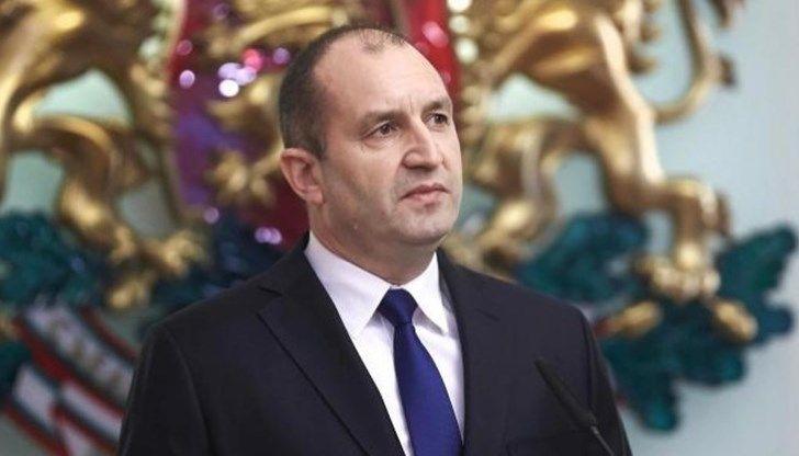 Охулването на Левски е нарушение на Коституцията, кабинетът може да се уволни и без вот...