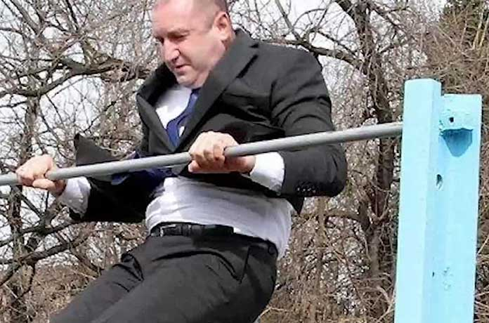 Как висилката на Радев уби легендата за мъжагата Борисов