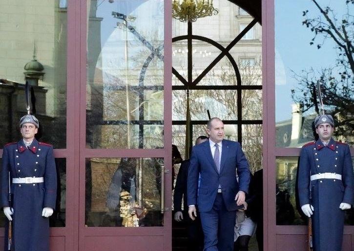 Президентът счупи матрицата на сегашния елит. Последен шанс за нови лидери!