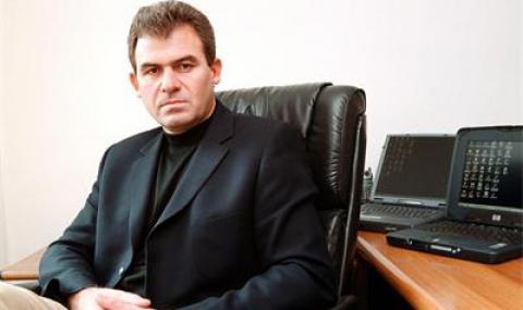 Какво правим с Борисов, който разпери чадър над корумпиран?