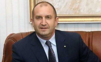 Президентът Радев попиля управляващите и измисленото им европредседателство