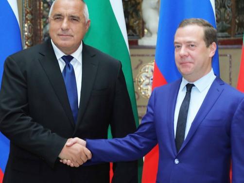 Медведев се подигра с Бойко: Изтребители винаги ще дойдат, важното е в България да дойде газ