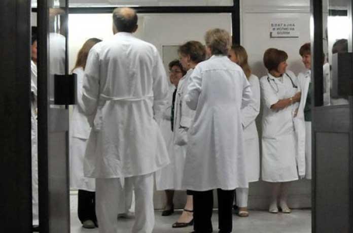 Медици: Пълен хаос е в здравеопазването, обещаните пари не стигнаха до нас, излъгаха ни!