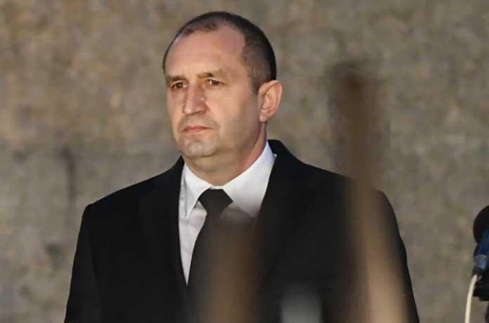 Юрист: Употребиха правото махленски, за да атакуват Радев. Рушат институциите в България
