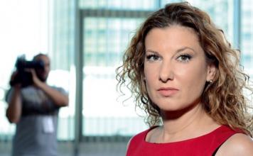 Бенатова: Карантината е подготовка за забрана на протести. Естестествено, от грижа за всички нас… Но най-вече от грижа за Него