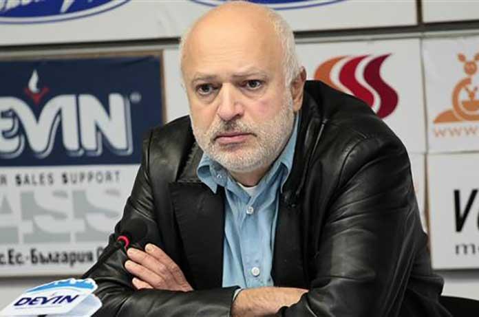 Велислав Минеков: Кои министри са ползвали частния самолет на Васил Божков?