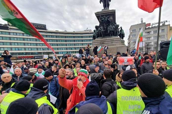 София се вдига на протест срещу ратифицирането на СЕТА
