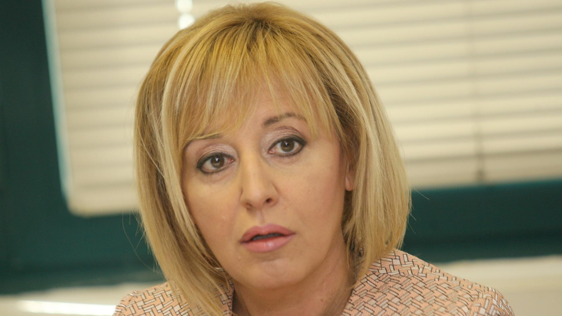 Мая Манолова: Борисов се отказа от обикновените граждани