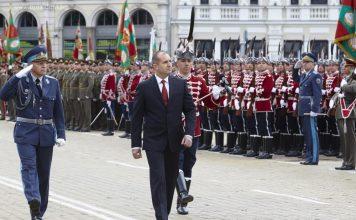Румен Радев ще почете 6-и май въпреки извънредното положение