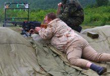 """Каракачанов грабна """"Калашников"""" и го изпразни, а после възседна зенитна установка и стана страшно! СНИМКИ"""