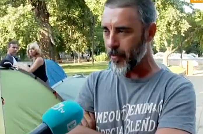 Арестуван във Варна: Г-н Борисов, живи факли ли чакате, за да подадете оставка?!