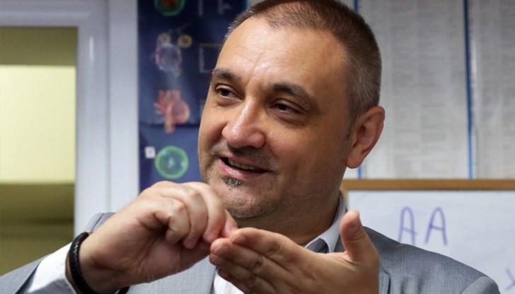 Чорбанов: Всякакви люде, близки до властта, обясняват как ваксините ще ни избавят от Ковид, но не се допускат опоненти