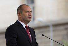 Радев скочи жестоко на Борисов и го обвини за хиляди починали българи