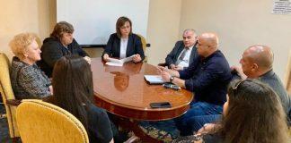 Корнелия Нинова: Господин министър, спрете продажбата на общинските болници