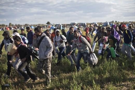 Около нас тихо кипи подготовка за нова мигрантска вълна
