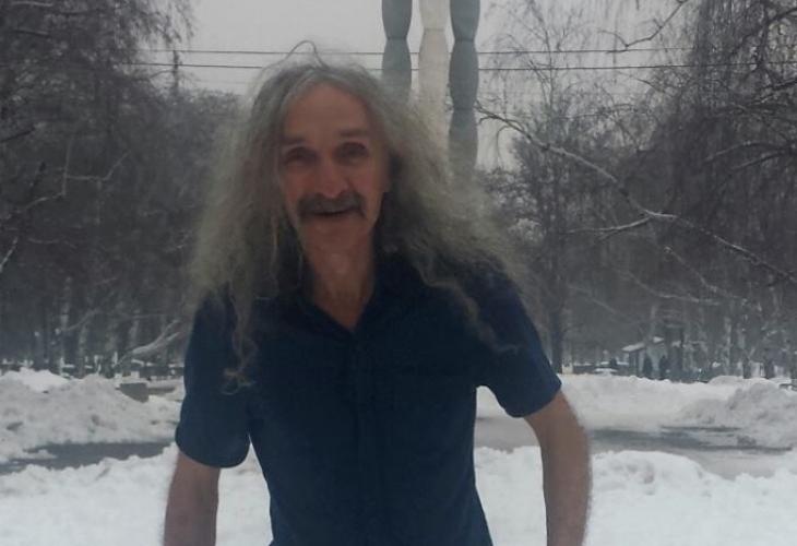 Феноменът Добри Горанов ходи по къс ръкав при минус 10, не боледува и живее без парно!