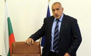 България очаква днес решението на Борисов за Оставка. Палатковия лагер се премести, за да му даде знак да побърза