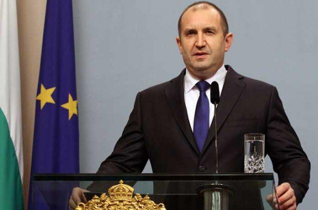 Зад лозунгa за европейско развитие на България се вихри едно морално провалено управление и корупция
