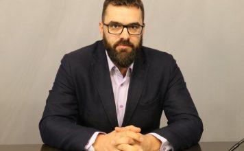 Стоян Мирчев: Кризата показа, че Борисов е двойкаджия и не се справя с нищо